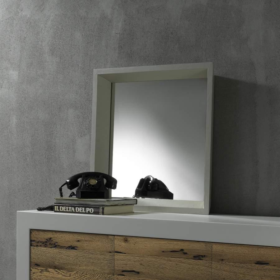 Flared mirror Wash