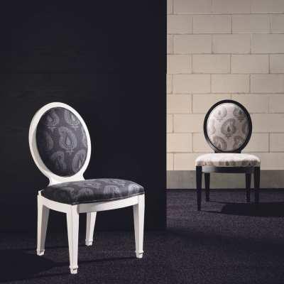 Sitting chair berta front