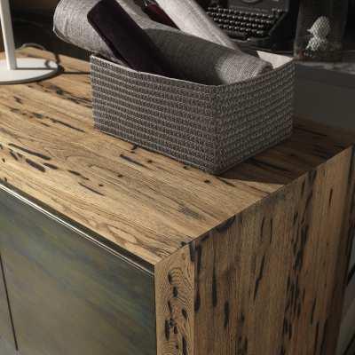 Madia in Briccole Twings 2 ante dettaglio legno angolo lato alto